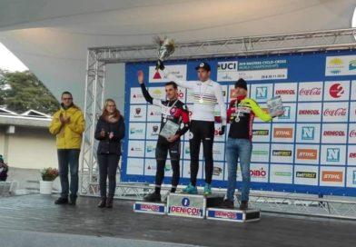 Na majstrovstvách sveta masters v cyklokrose vybojované strieborné medaily